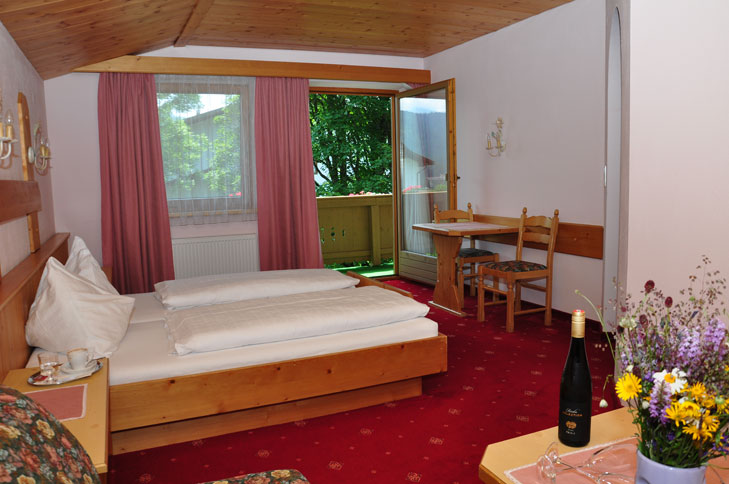 Zimmer ,,Gartenblick I,, Süd/Ost