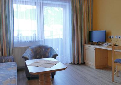 Gaistalblick Doppelzimmer mit Couch